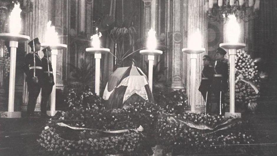 10 Kasım'da anılarla Atatürk sergisi