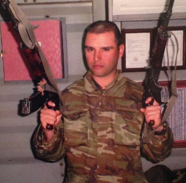 Zeki Müren ve diğer ünlülerin askerlik fotoğrafı çıktı! FOTO HABER