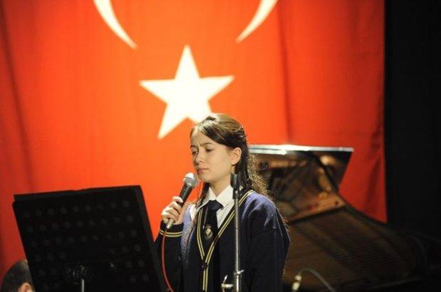 En güzel Öğretmenler günü şiirleri: 24 Kasım Öğretmenler Günü şiirleri 2,4,5, kıtalık