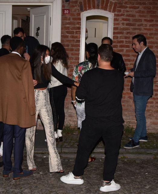 Rezidansta 70 kişilik parti! - Magazin haberleri