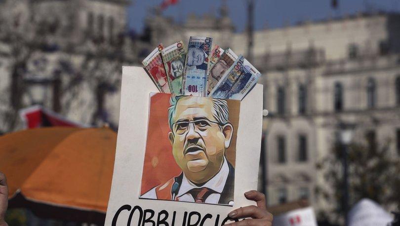 SON DAKİKA: Peru'nun geçici Cumhurbaşkanı Manuel Merino istifa etti