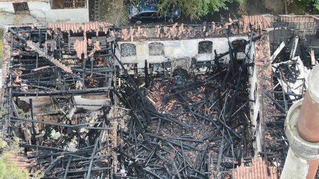Son dakika! Çengelköy'de yanan tarihi Vaniköy Camisi'ndeki son durum görüntülendi - Haberler