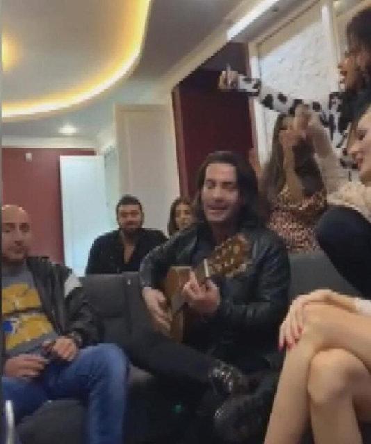 Sosyal medya fenomenleri Nilay Toprak ve Cansu Taşkın 'korona' demedi! - Magazin haberleri