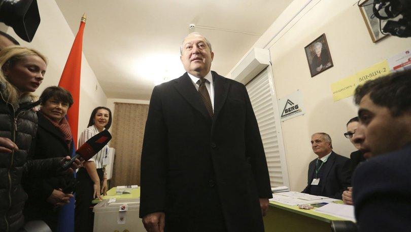 SON DAKİKA: Ermenistan Cumhurbaşkanı BAE'ye gitti, Azerbaycan'la ateşkesi görüştü! - Haberler