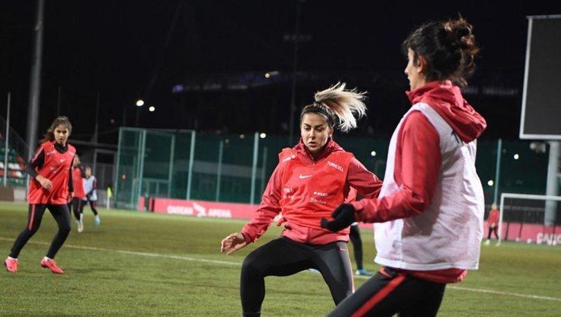 A Milli Kadın Futbol Takımı´nda Sevgi Çınar üzüntüsü