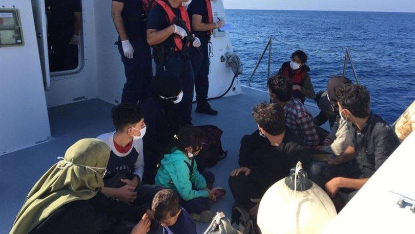 İzmir'de 107 kaçak göçmen kurtarılırken Mersin açıklarında 13 kaçak göçmen yakalandı