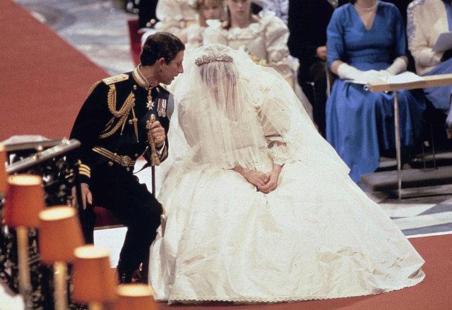 Son dakika: Crown dizisi yayınlandı! Lady Diana'nın itirafı gündeme geldi - Haberler
