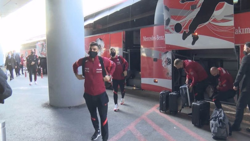 A Milli Futbol Takımı, Macaristan'a gitti