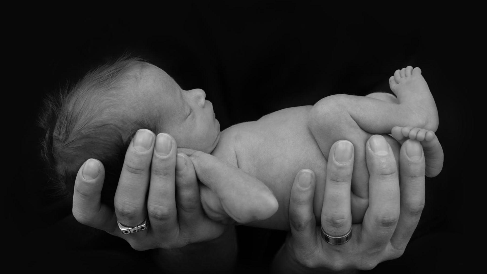 8 adımda pandemi şartlarında prematüre bebek bakımı