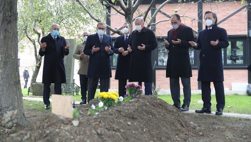 Cumhurbaşkanı Erdoğan, Ahmet Kekeç'in mezarını ziyaret etti