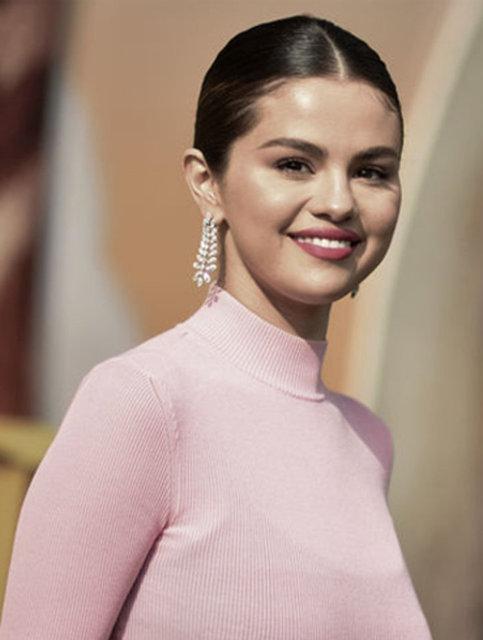 Selena Gomez: Yıllarca karmaşa içinde yaşadım - Magazin haberleri