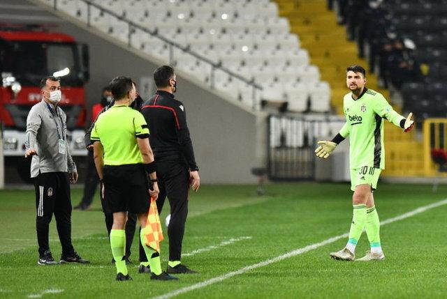 Beşiktaş - Başakşehir maçının muhtemel 11'leri - HABERLER