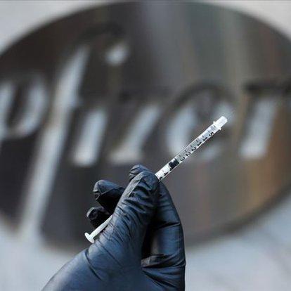 Pfizer ile BioNTech'e ait koronavirüs aşısı Sakarya'da 40 gönüllüye uygulandı