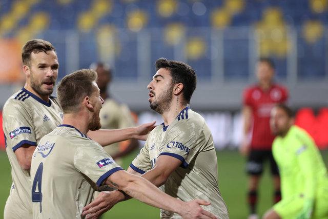 Fenerbahçe'den son 15 yılın en iyi performansı! Deplasman fobisi bitti!