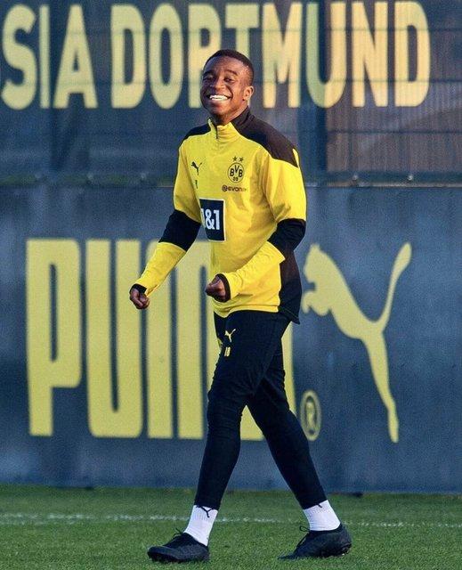 Youssoufa Moukoko 16 yaşında tarihe geçti!