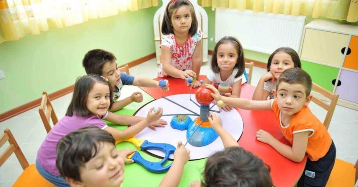 Kreş ve anaokulları kapatılacak mı? Bakan Selçuk'tan önemli açıklama