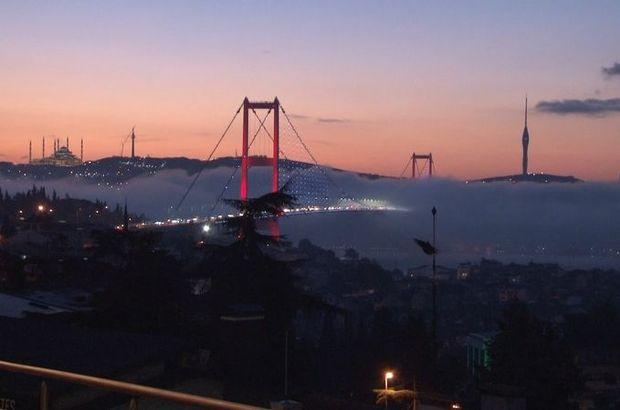 İstanbul Boğazı görünmez oldu