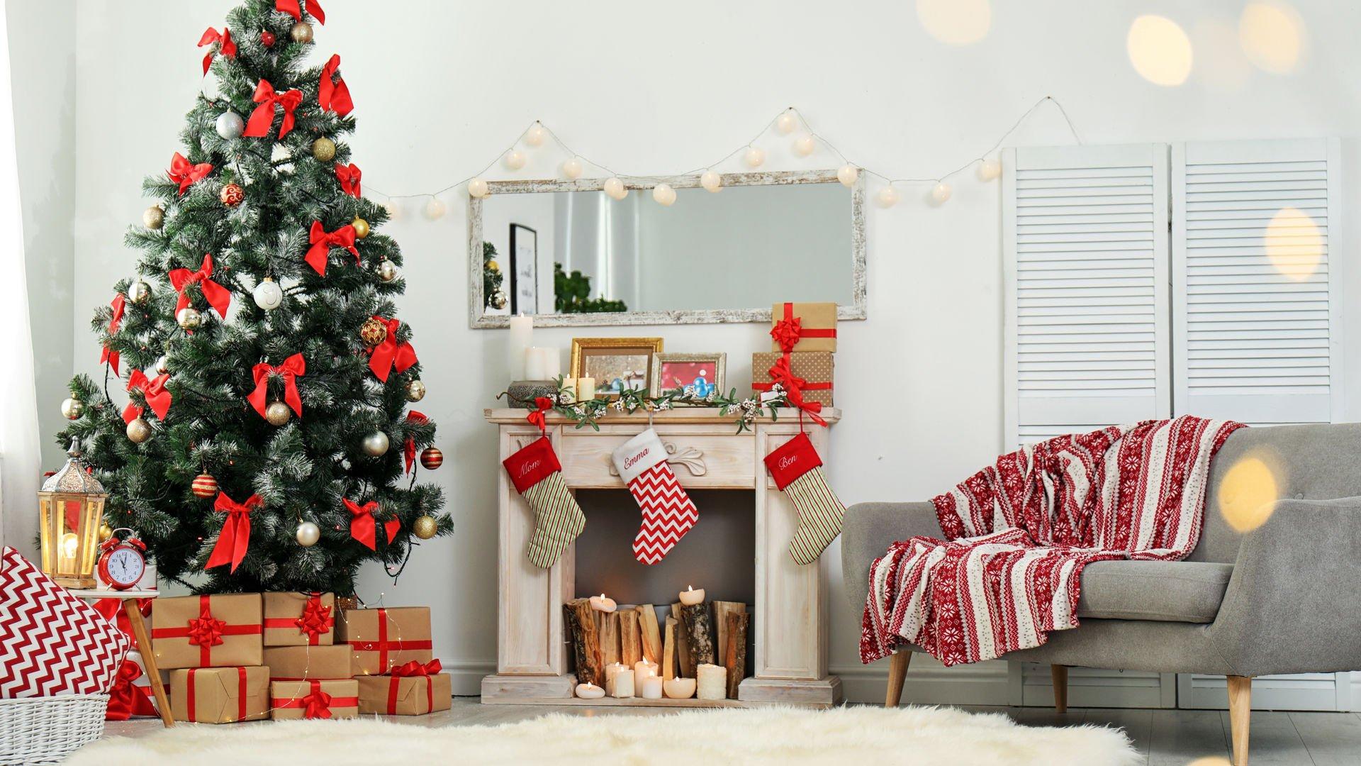 Yeni yıl kırmızısı dekorasyonda nerede ve nasıl kullanılır?
