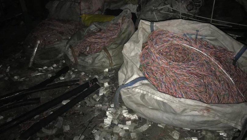 Yeşilköy'de fosforlu işçi kıyafeti giyen hırsızlar tam 2200 metre fiber kablo çaldı