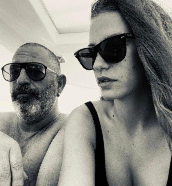 Cem Yılmaz'ı sinirlendiren Tuğba Ekinci sorusu - Magazin haberleri