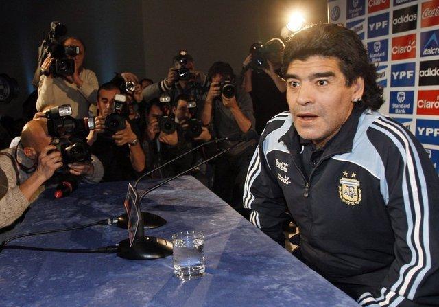 Son dakika Maradona hayatını kaybetti! İşte Maradona'nın futbol hayatı