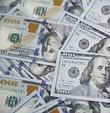 Hafta başı 7.66 lira olan dolar dün 8.05 liraya kadar yükseldi, günü ise 8 lira civarında kapattı. Böylece kur geçen hafta Merkez Bankası