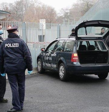 Merkel'in ofisine saldırı girişimi!