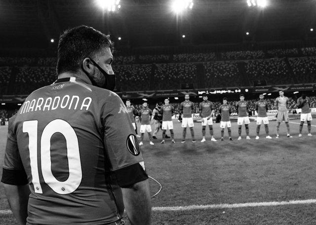Napoli, Maradona'yı unutmadı