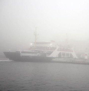 Çanakkale Boğazı çift yönlü çıkışlara kapatıldı