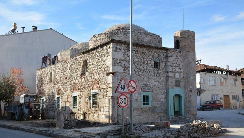 Son dakika: Tokat'ta 500 yıllık caminin duvarlarından Roma taşları çıktı!