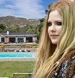 Avril Lavigne'den 7.8 milyon dolarlık malikane