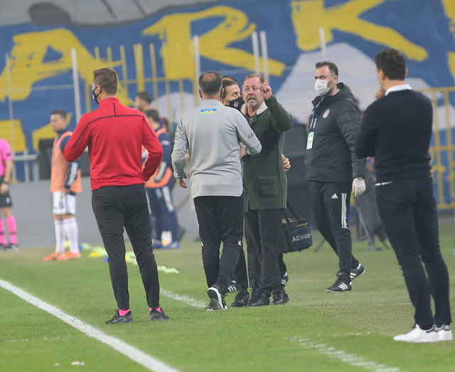 Fenerbahçe - Beşiktaş derbisinden dikkat çeken kareler - Spor haberleri