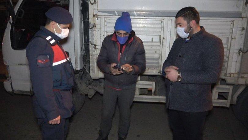Ekiplerden kaçan otomobili çöp kamyonu yakalattı - Haberler