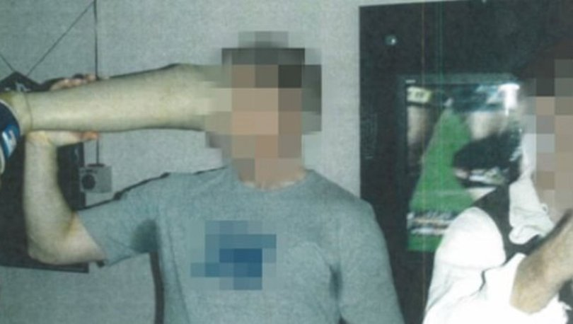Avustralyalı askerler öldürülen Afgan milisin protez bacağından içki içmiş