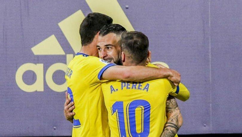 Negredo, Barcelona'yı yıktı, Cadiz 2-1 kazandı!