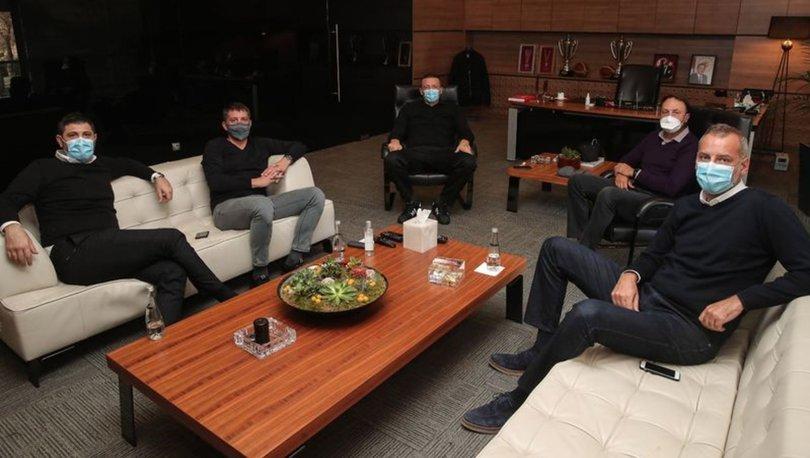 Hidayet Türkoğlu, A Milli Erkek Basketbol Takımı yetkilileriyle bir araya geldi