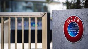Son dakika! UEFA: Kapsamlı inceleme yapacağız
