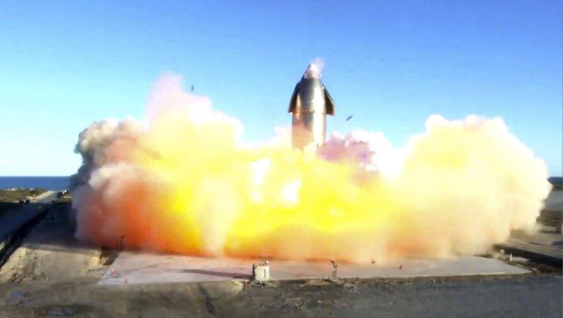 SpaceX'in mekiği test sırasında patladı