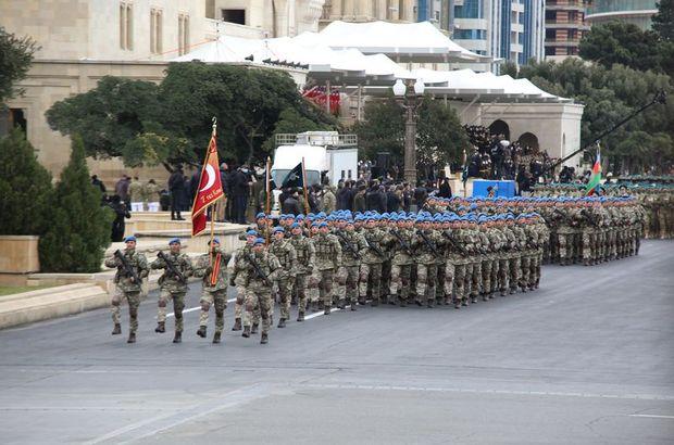 Dağlık Karabağ zaferi için Bakü'de askeri tören!