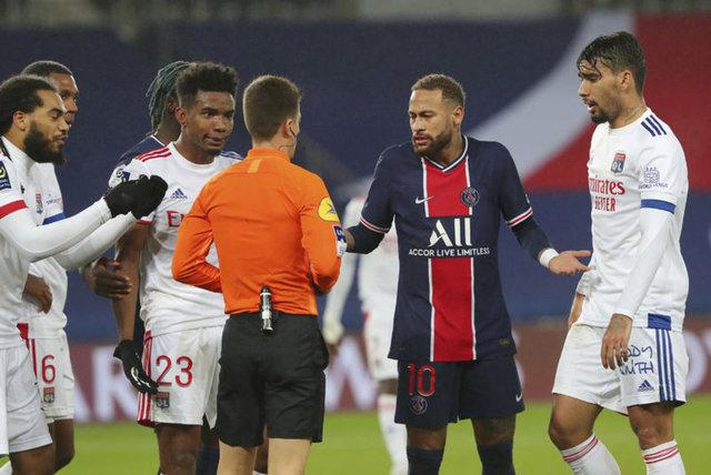 Son dakika: Neymar PSG Lyon maçında sakatlandı! Neymar'ın sağlık durumu nasıl?