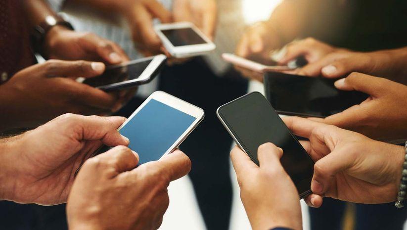 Ne salgın ne kriz! Cep telefonu satışı tam gaz
