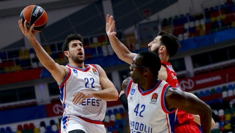 CSKA Moskova: 100 - Anadolu Efes: 65
