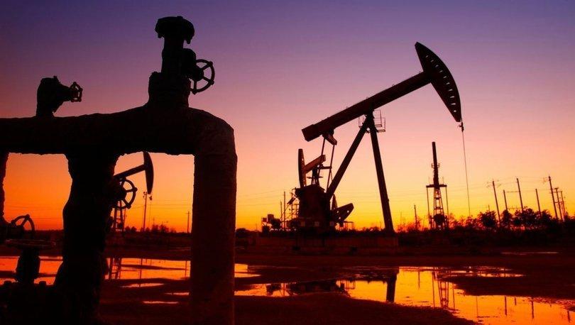 Brent petrolün varili 51,64 dolar