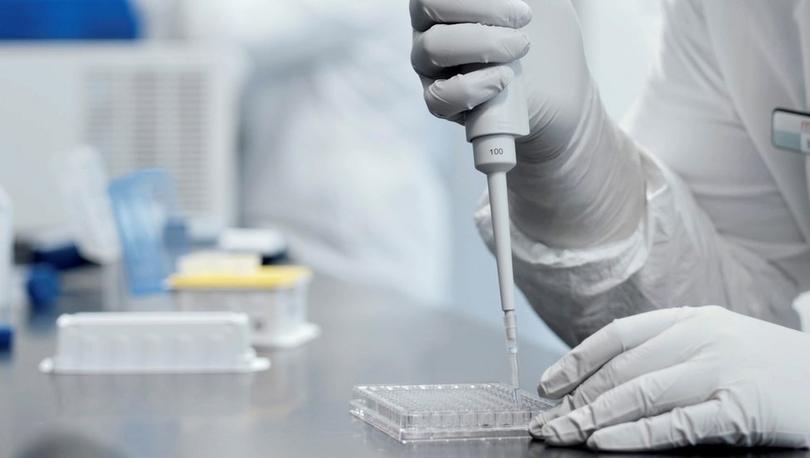 Moderna'nın geliştirdiği Covid-19 aşısının kullanımı ABD Gıda ve İlaç Dairesi'nin onayından geçti
