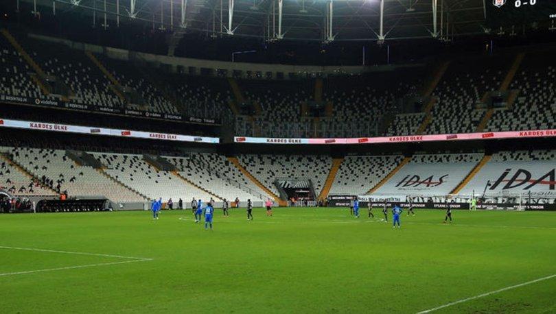 Büyükşehir Belediye Erzurumsporlu futbolcular protestoyu unuttu