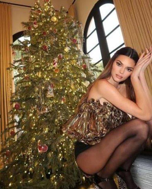 Kendall Jenner'dan Noel pozu - Magazin haberleri