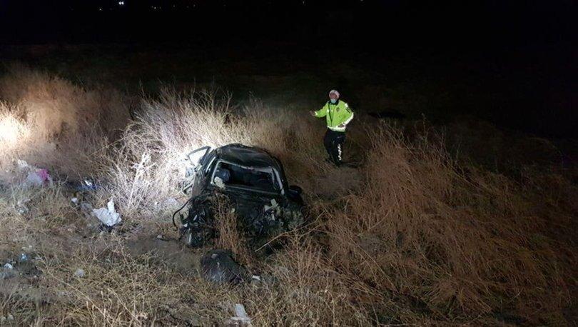 Erzincan'da otomobil şarampole devrildi: 2 ölü, 2 ağır yaralı