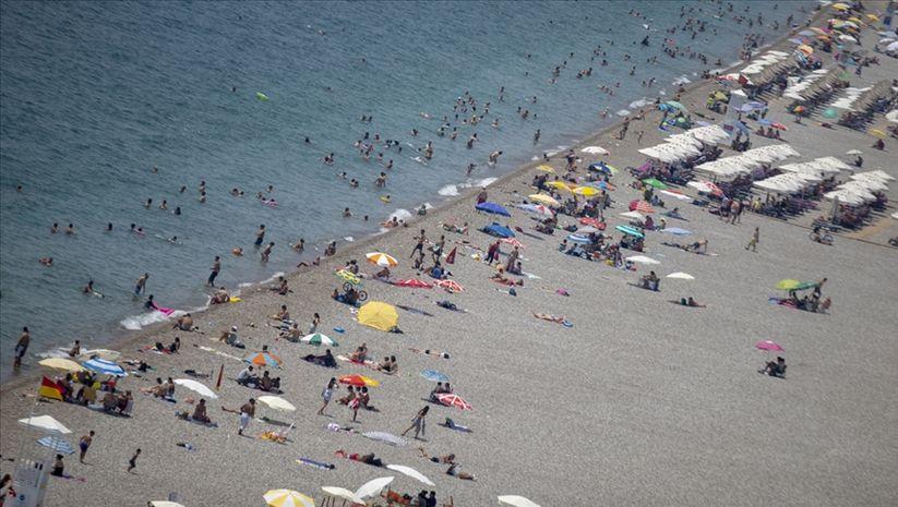 Antalya'da turist sayısı 3.5 milyona yaklaştı