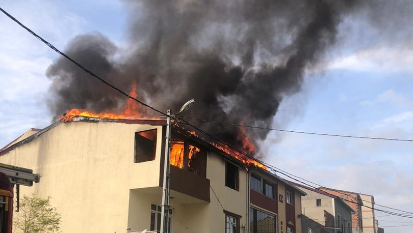 Son dakika: Mangal kömürü iki çatıyı küle çevirdi! - Haberler