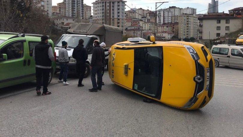 Ümraniye'de kaza yapan taksi yan yattı; Sürücüyü itfaiye çıkardı